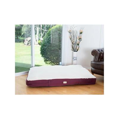 Armarkat Pet Bed Mat, Burgundy/Ivory, Medium